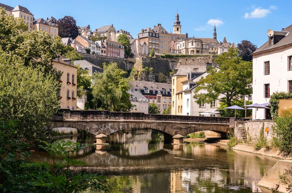 những điều cần biết khi đi du lịch tự túc tại Pháp
